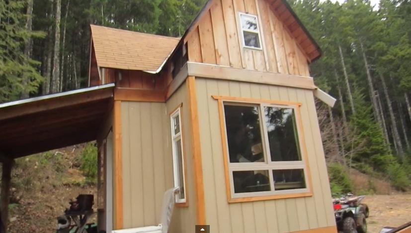 Living off grid at solar burritos cabin