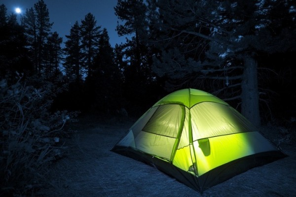 camping-night-tent-light-712x