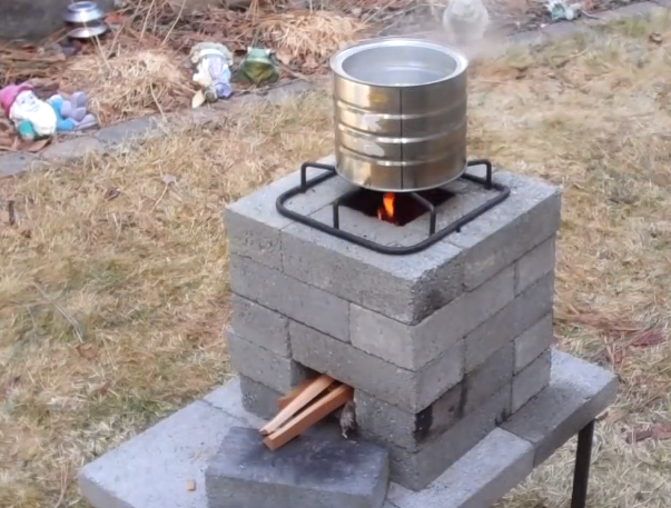 """Build a """"better"""" brick rocket stove for $10 Video"""