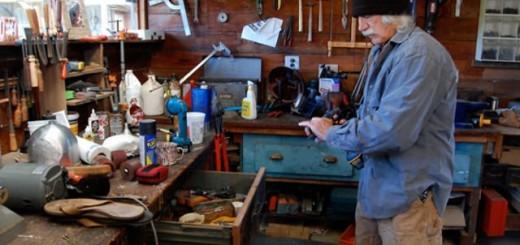 A short Film about Alternative Builder, Lloyd Kahn