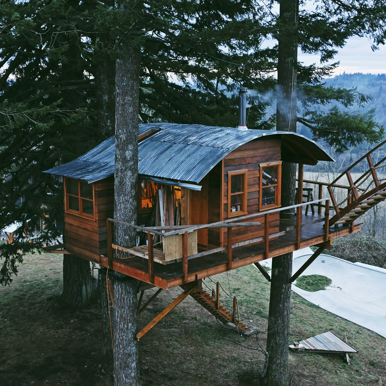 Cinder Cone Off Grid Tree Houses Keep Dreams Alive